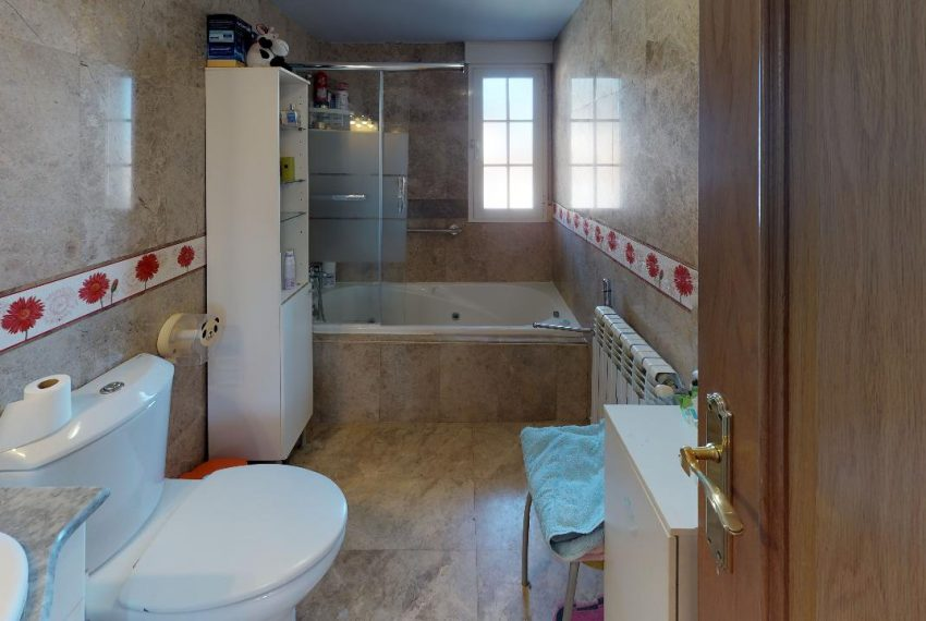 Chalet-Galapagar-Bathroom