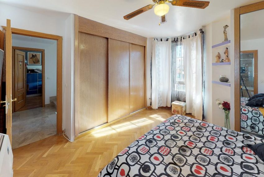 Chalet-Galapagar-Bedroom(2)