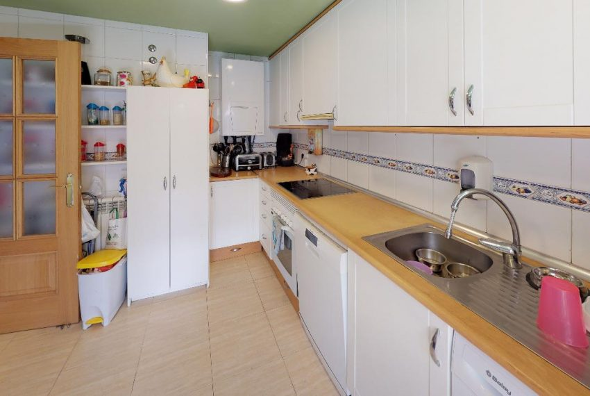 Chalet-Galapagar-Kitchen